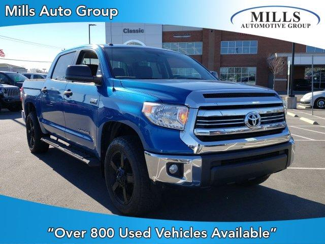Pre-Owned 2016 Toyota Tundra CrewMax 5.7L FFV V8 6-Spd AT SR5