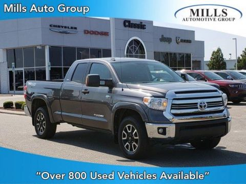 Pre-Owned 2016 Toyota Tundra Double Cab 5.7L FFV V8 6-Spd AT SR5